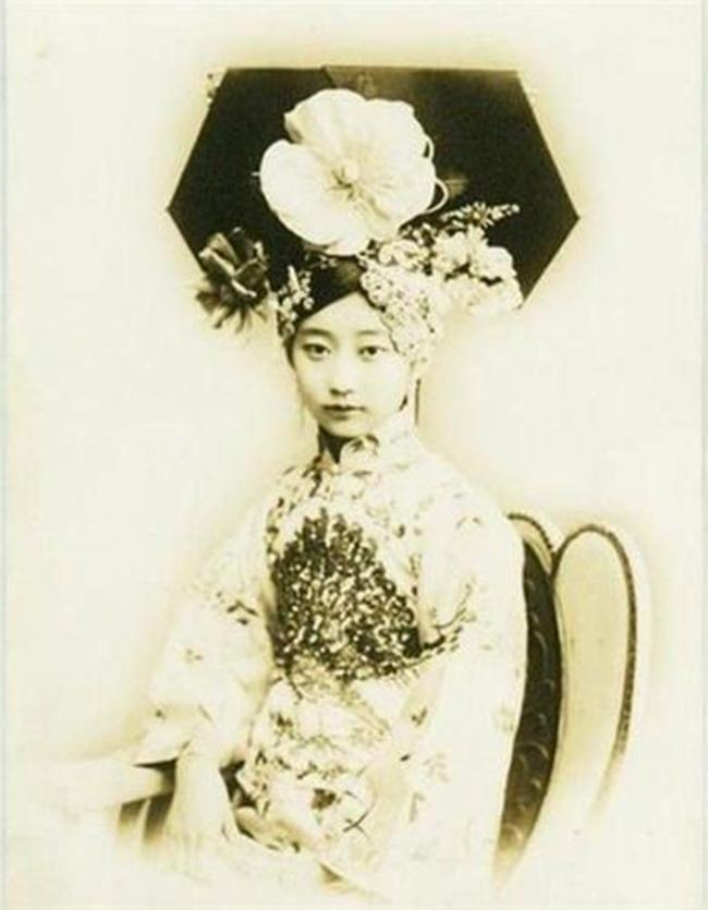 Trung Quốc: Chân dung 8 nàng Cách cách xinh đẹp cuối triều đại nhà Thanh - Ảnh 8.