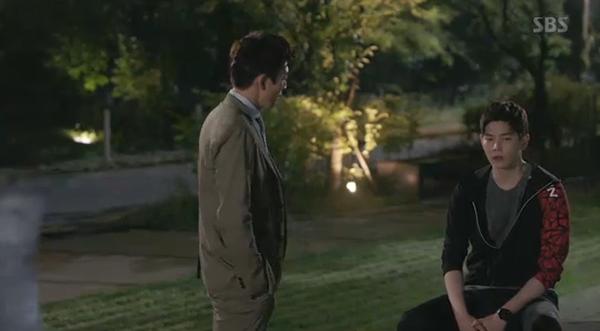 """""""Doctors"""": Yoon Kyun Sang bày tỏ tình cảm của mình với tình địch Kim Rae Won - Ảnh 6."""