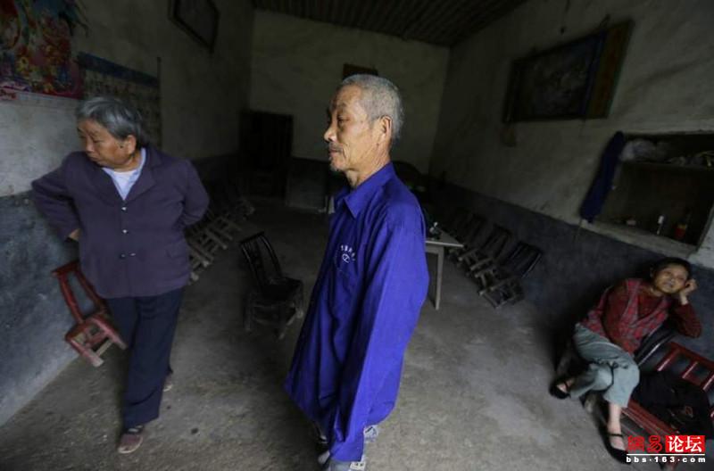 Khung cảnh hoang tàn ở ngôi làng ung thư nổi tiếng Trung Quốc khiến nhiều người không khỏi rùng mình - Ảnh 12.