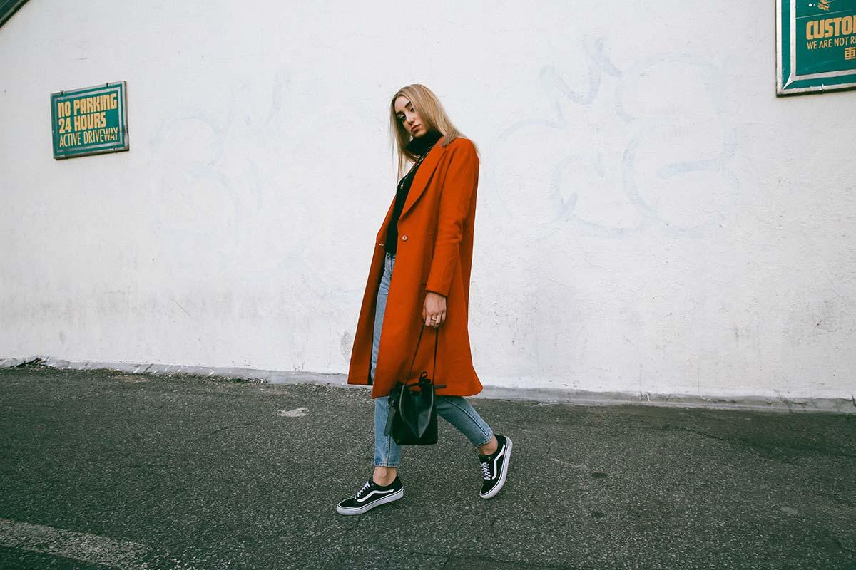 Giới trẻ thế giới sẵn sàng đón năm mới với street style chẳng lồng lộn mà vẫn đẹp rụng rời - Ảnh 10.