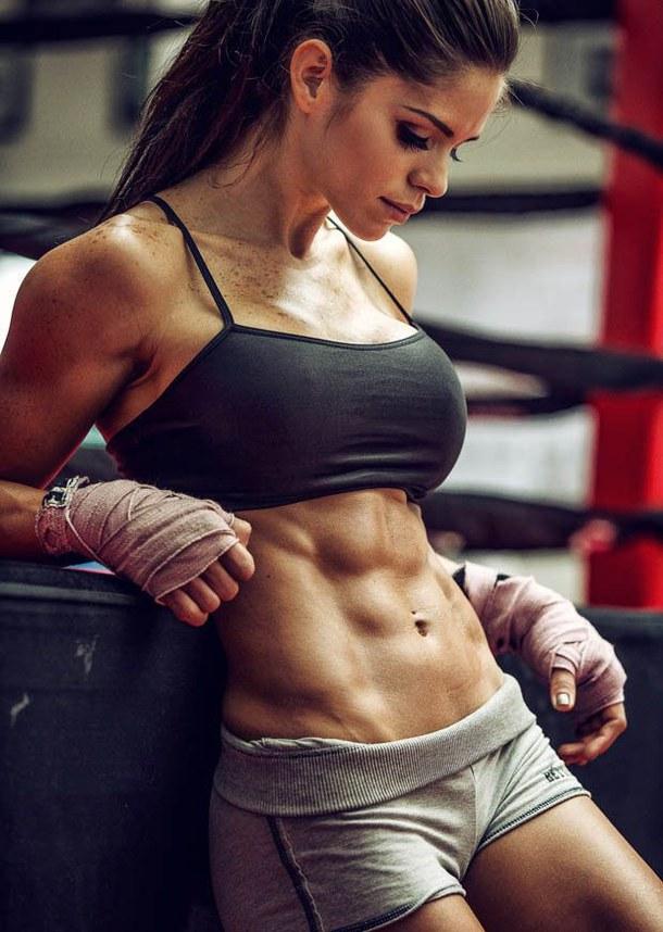 Cẩn thận với các thói quen tập gym khiến làn da xấu đi - Ảnh 2.