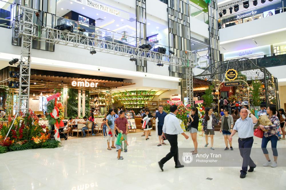 Có gì ở Saigon Centre/ Takashimaya - địa điểm đang hot nhất ở Sài Gòn - Ảnh 6.