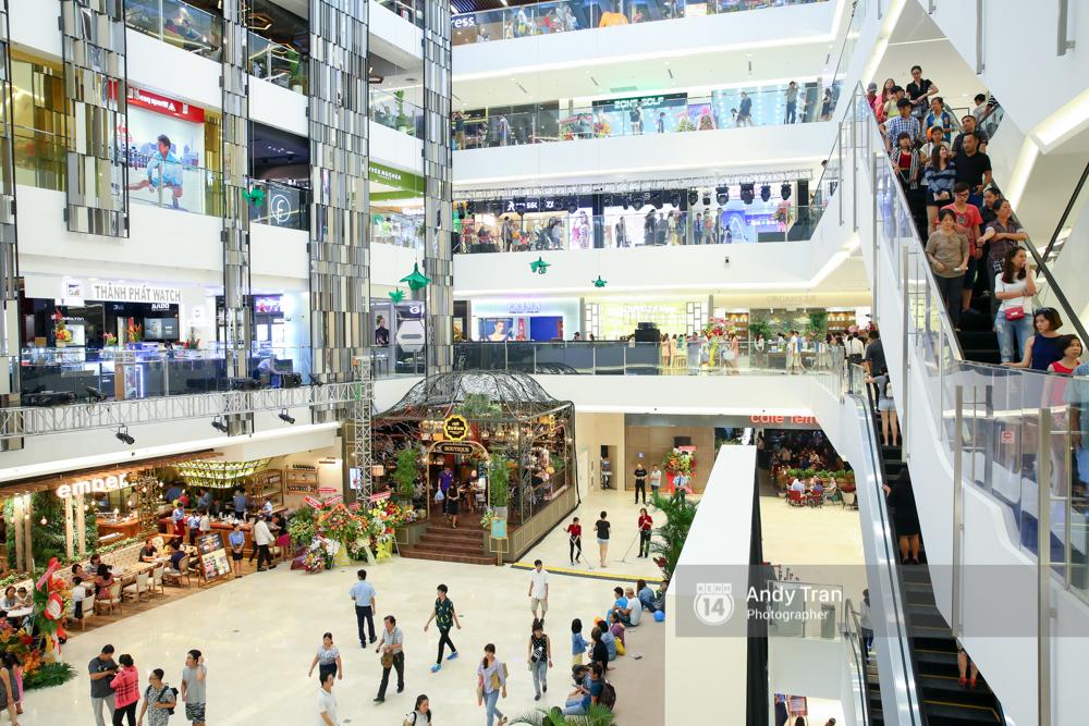Có gì ở Saigon Centre/ Takashimaya - địa điểm đang hot nhất ở Sài Gòn - Ảnh 9.