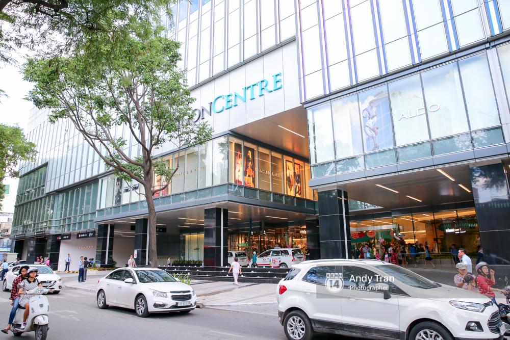Có gì ở Saigon Centre/ Takashimaya - địa điểm đang hot nhất ở Sài Gòn - Ảnh 1.