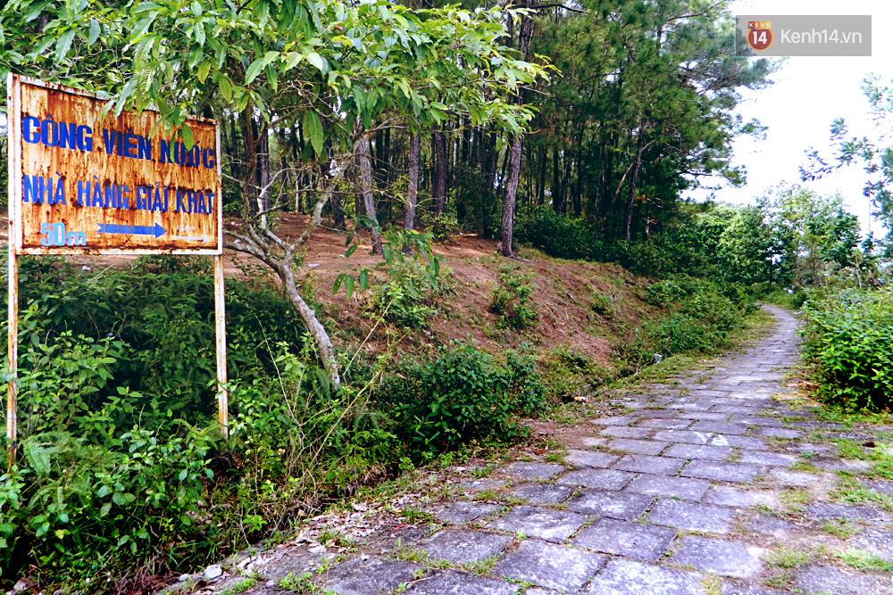 Cận cảnh những đống tàn tích đáng sợ bên trong công viên nước bị bỏ hoang ở Huế - Ảnh 12.