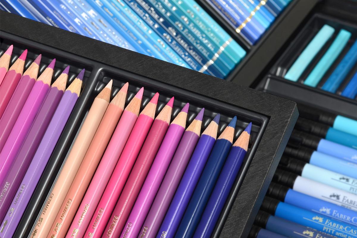 Tìm hiểu xem có gì bên trong hộp bút chì màu sang chảnh giá 66 triệu đồng? - Ảnh 4.
