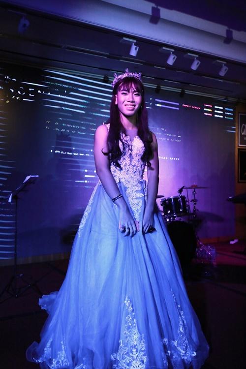 Teen THPT Lê Quý Đôn (TP.HCM) quẩy cực sung trong prom độc lập đầu tiên của trường - Ảnh 17.