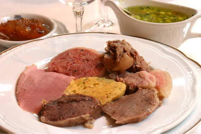 Báo Anh bình chọn Hà Nội là thành phố có ẩm thực hấp dẫn nhất thế giới! - Ảnh 32.