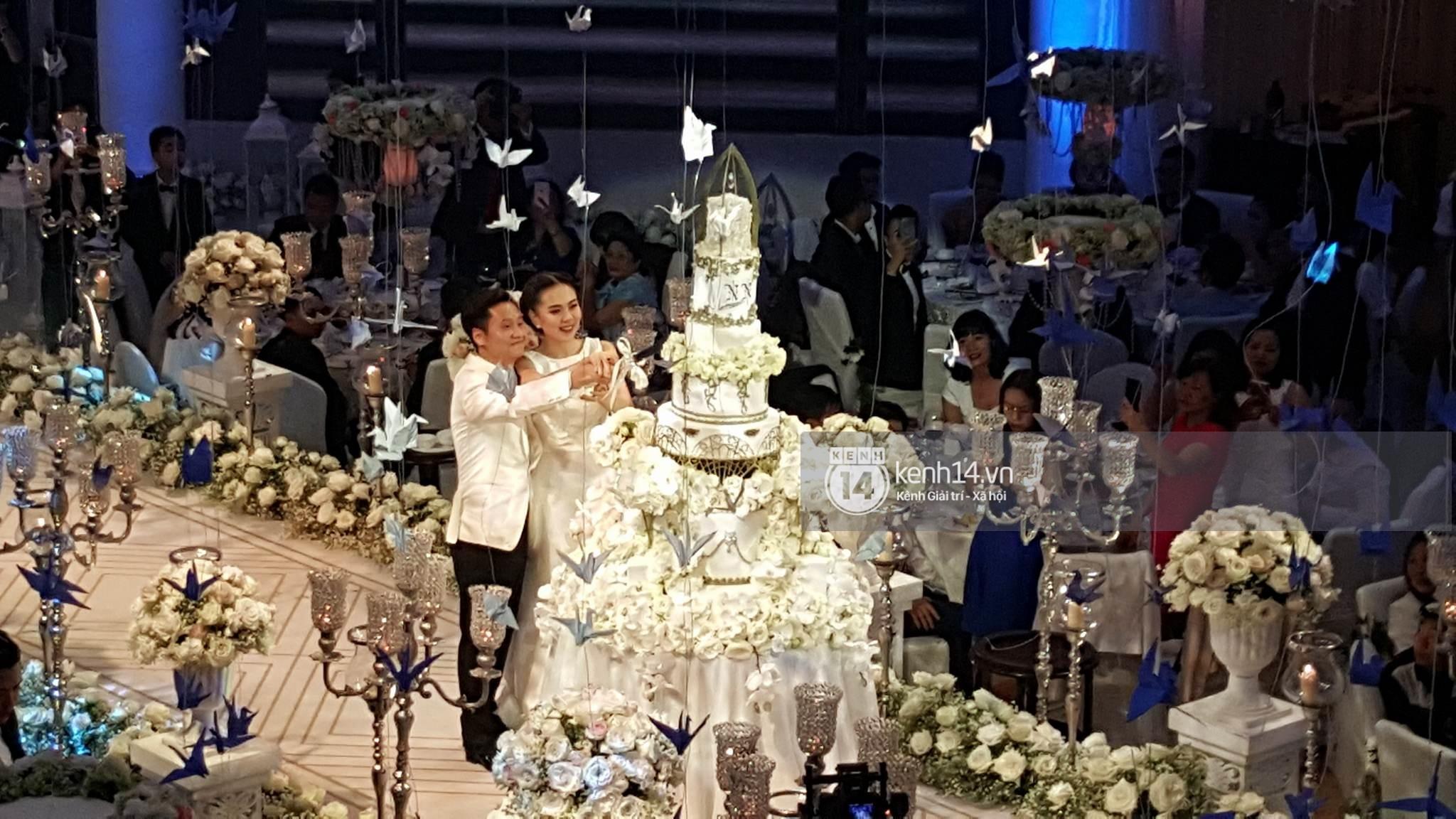 Đám cưới MC Mai Ngọc: Không gian lộng lẫy, cầu kỳ, xứng đáng là đám cưới sang chảnh nhất Hà Nội hôm nay - Ảnh 26.