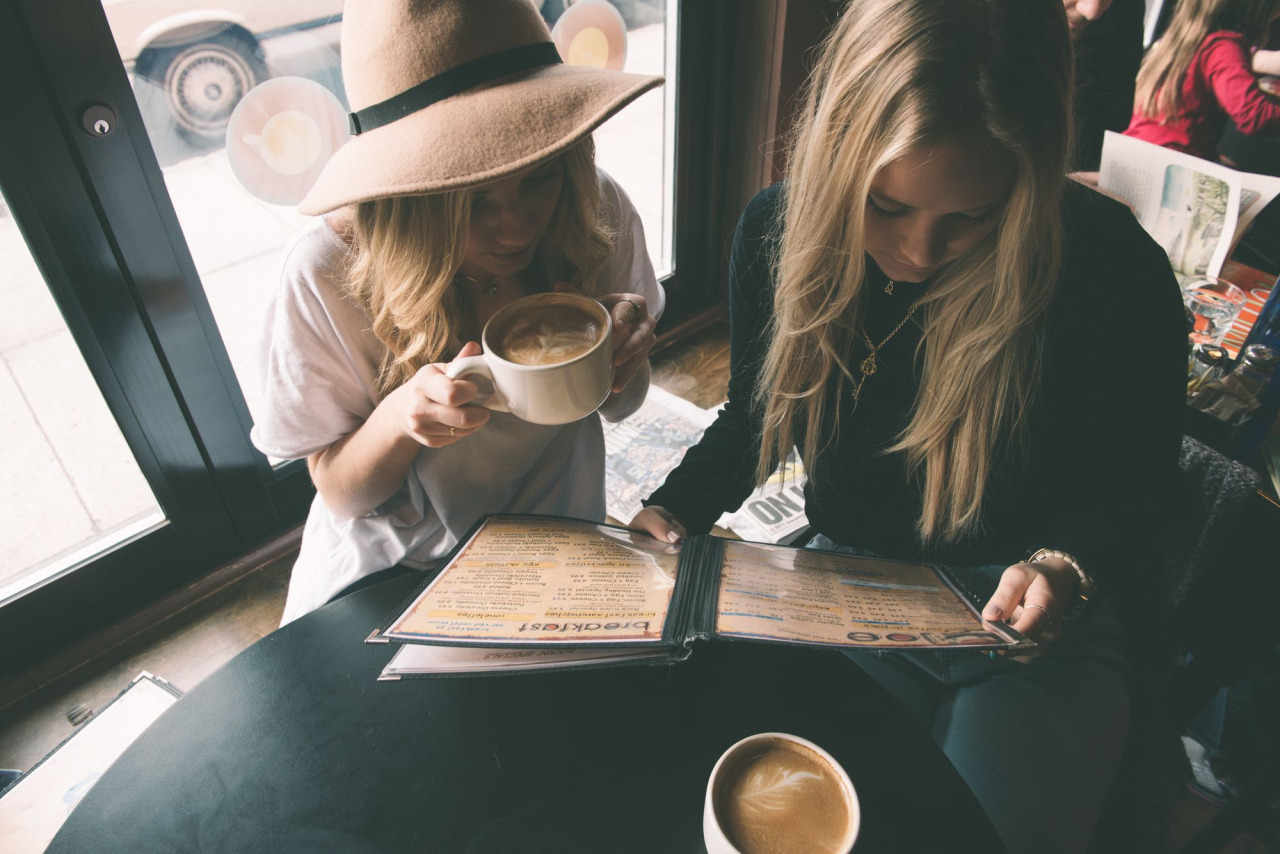 Uống cà phê mỗi sáng đúng cách để có được những tác dụng bất ngờ - Ảnh 1.