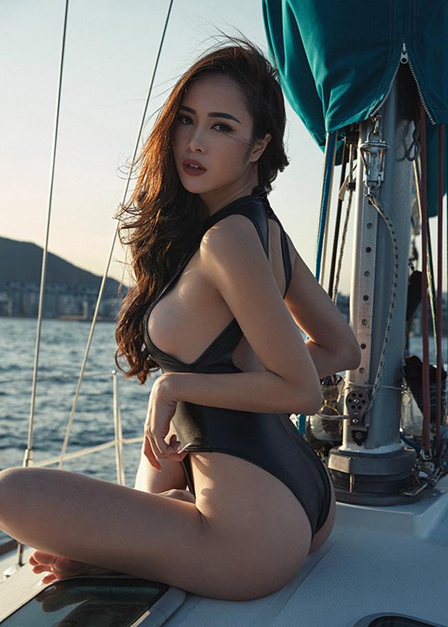 Bỏng mắt xem gái Việt phô diễn body trong mốt áo tắm khoét hông cao - Ảnh 7.