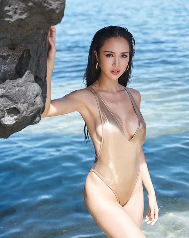 Bỏng mắt xem gái Việt phô diễn body trong mốt áo tắm khoét hông cao - Ảnh 9.