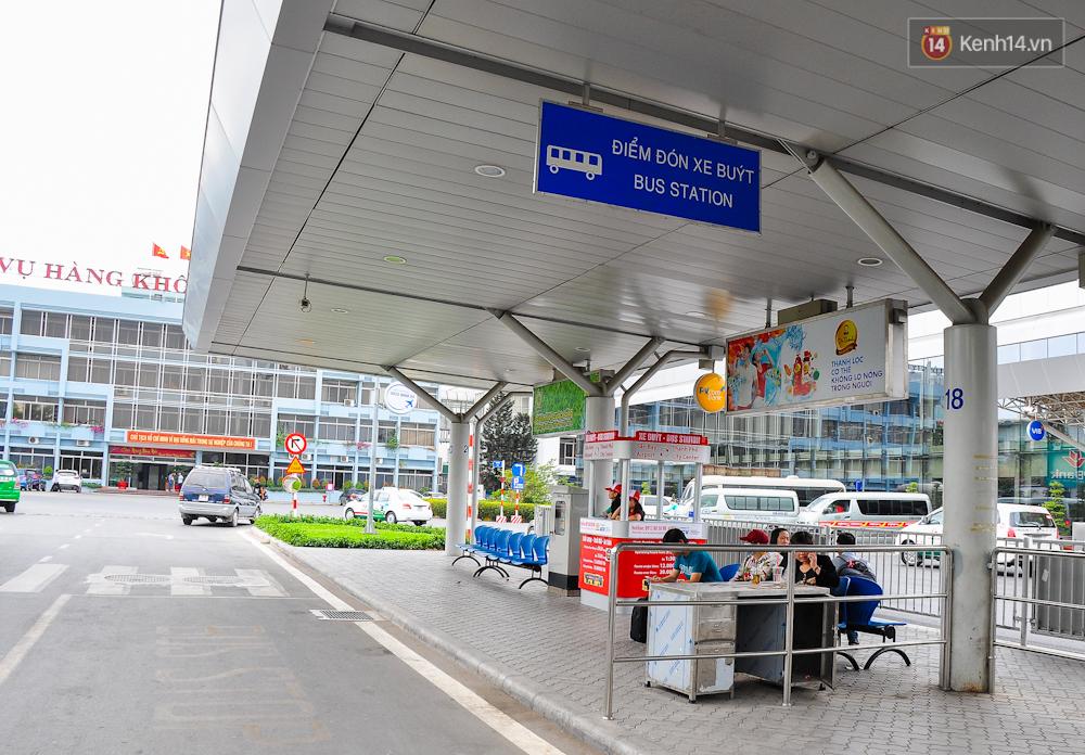 Trải nghiệm tuyến xe buýt 5 sao đầu tiên từ sân bay Tân Sơn Nhất vào trung tâm Sài Gòn - Ảnh 3.