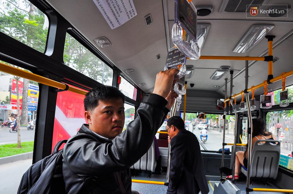 Trải nghiệm tuyến xe buýt 5 sao đầu tiên từ sân bay Tân Sơn Nhất vào trung tâm Sài Gòn - Ảnh 8.