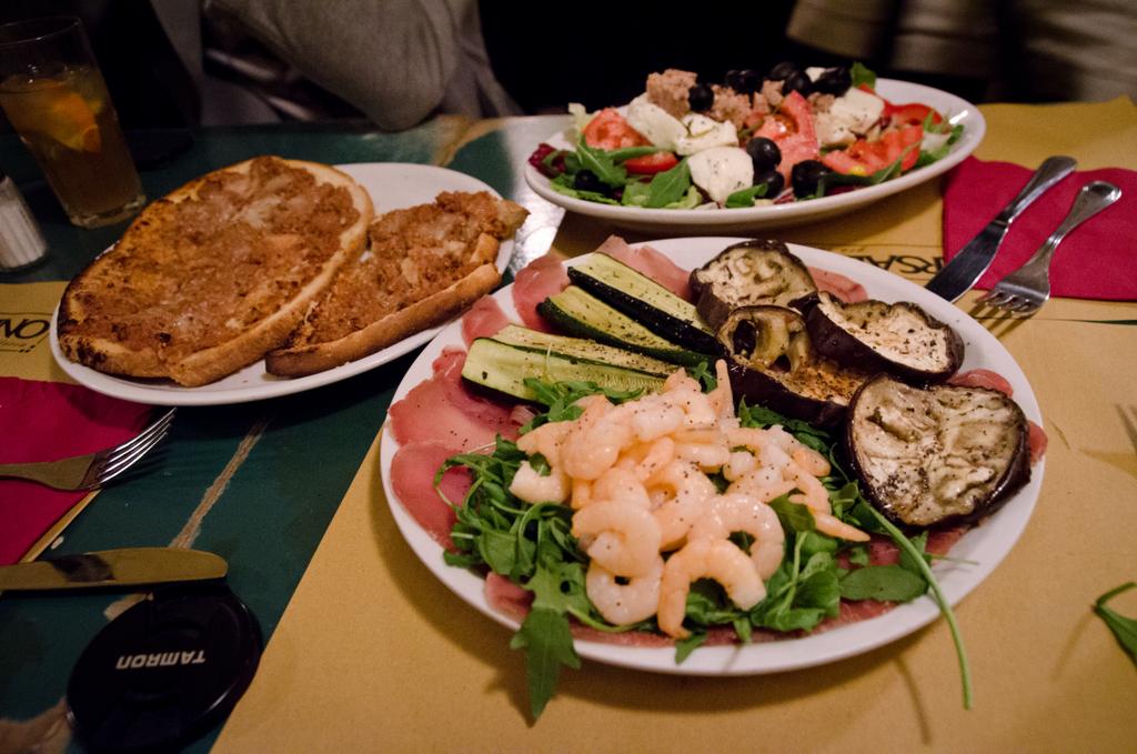 Báo Anh bình chọn Hà Nội là thành phố có ẩm thực hấp dẫn nhất thế giới! - Ảnh 33.