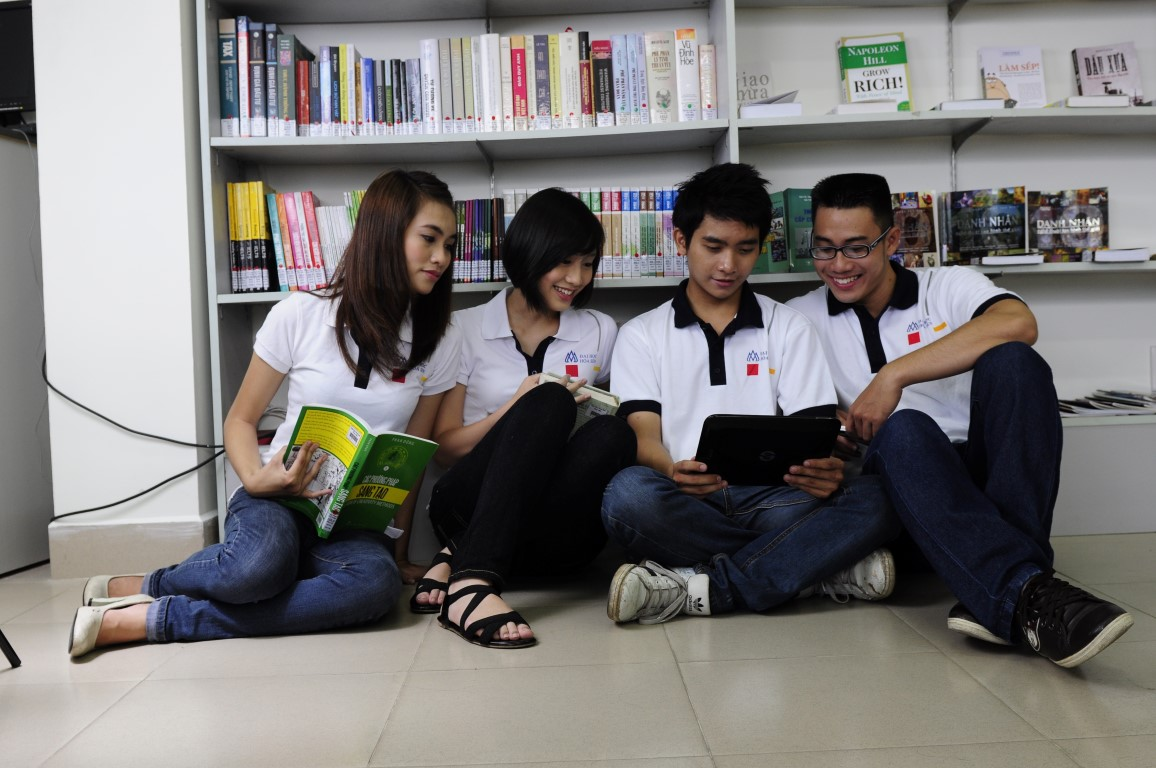 Giúp tân sinh viên làm quen với hình thức đào tạo tín chỉ tại trường Đại học - Ảnh 2.