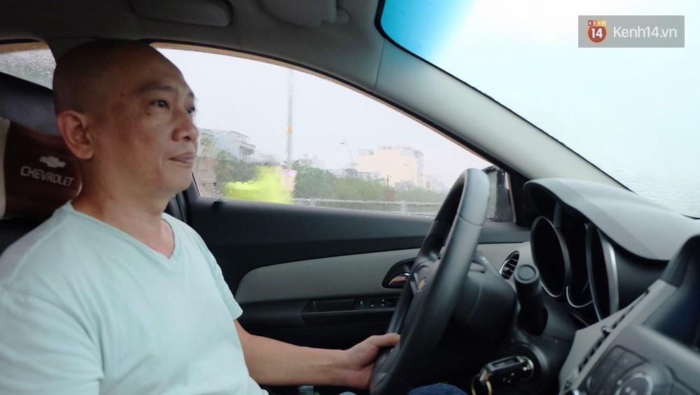 Anh lái taxi vui tính nhất Sài Gòn và chuyện Sống trên đời mỗi người nhường nhau một tí, thì chuyện gì cũng giải quyết - Ảnh 1.
