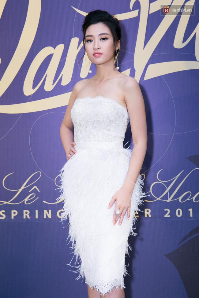 Cùng kiểu đầm thiên nga trắng: Angela Phương Trinh và 3 nàng Hậu, ai mặc đẹp nhất? - Ảnh 8.