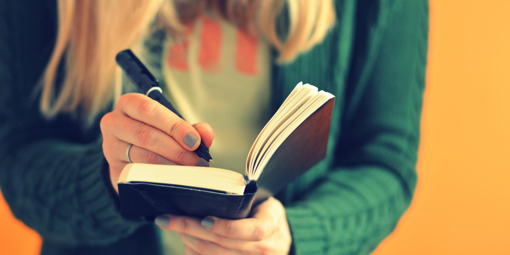 Kết quả hình ảnh cho Nhiều sinh viên luật không chú trọng đến kỹ năng viết