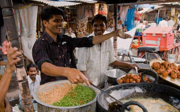 Báo Anh bình chọn Hà Nội là thành phố có ẩm thực hấp dẫn nhất thế giới! - Ảnh 16.