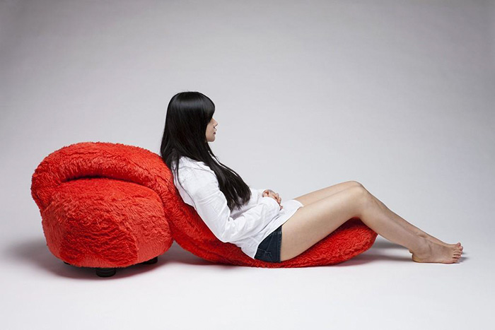 Ghế ôm dành cho những người cô đơn dự đoán sẽ gây sốt trong thời gian tới - Ảnh 6.