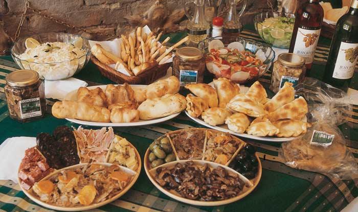 Báo Anh bình chọn Hà Nội là thành phố có ẩm thực hấp dẫn nhất thế giới! - Ảnh 27.