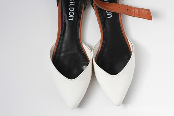 Lôi ngay giày da cũ cũ bẩn bẩn ra tân trang như mới chỉ với 1 nguyên liệu - Ảnh 6.