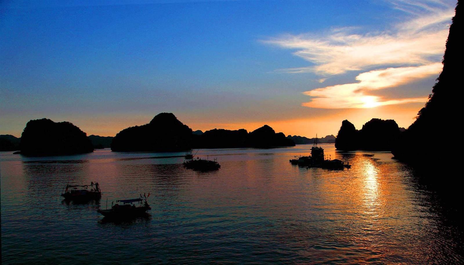 Hãy đến những nơi này để thấy Phú Yên còn đẹp hơn những gì bạn thấy trong hoa vàng cỏ xanh - Ảnh 18.