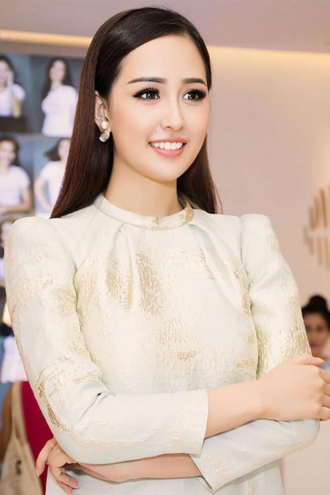 Khác biệt lớn giữa style make up ngoài đời với trên sân khấu đăng quang của các Hoa Hậu Việt Nam - Ảnh 3.