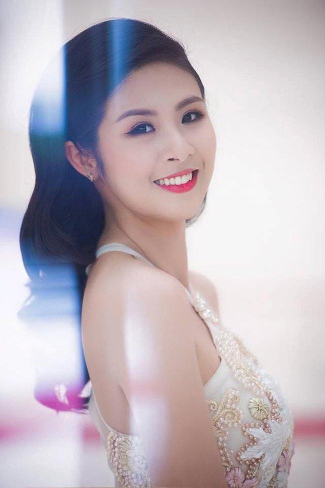 Khác biệt lớn giữa style make up ngoài đời với trên sân khấu đăng quang của các Hoa Hậu Việt Nam - Ảnh 11.