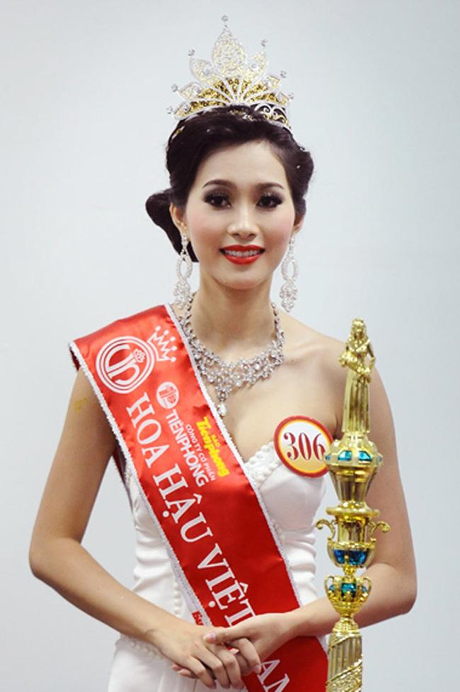 Khác biệt lớn giữa style make up ngoài đời với trên sân khấu đăng quang của các Hoa Hậu Việt Nam - Ảnh 13.
