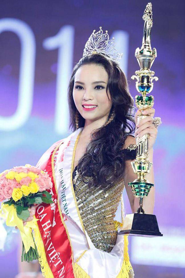 Khác biệt lớn giữa style make up ngoài đời với trên sân khấu đăng quang của các Hoa Hậu Việt Nam - Ảnh 17.