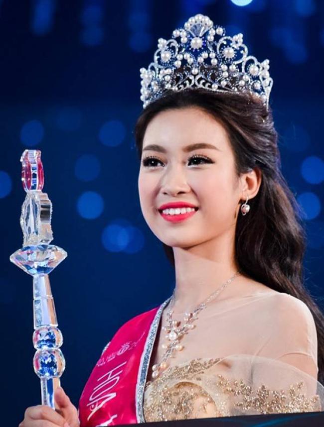 Khác biệt lớn giữa style make up ngoài đời với trên sân khấu đăng quang của các Hoa Hậu Việt Nam - Ảnh 21.