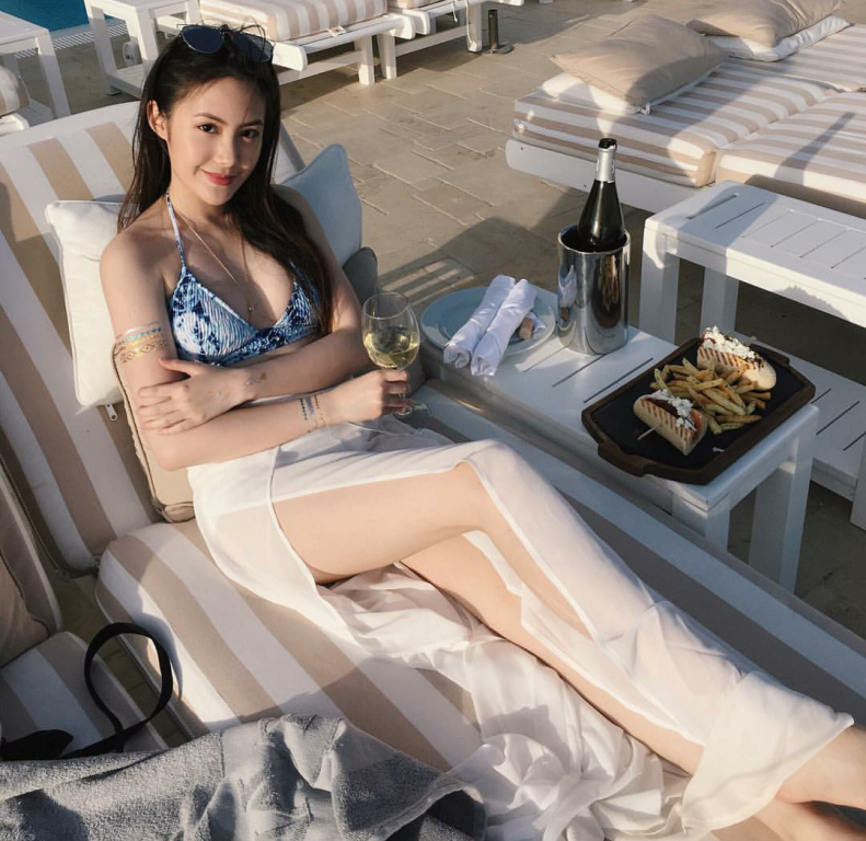 Vừa giàu, vừa xinh, vừa giỏi: Đây chính là hot girl số 1 của Lào, và cô ấy là người gốc Việt! - Ảnh 27.