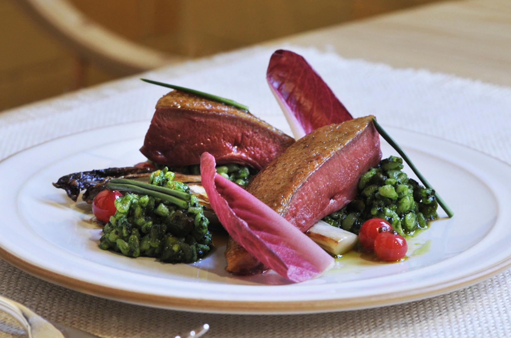 Báo Anh bình chọn Hà Nội là thành phố có ẩm thực hấp dẫn nhất thế giới! - Ảnh 14.