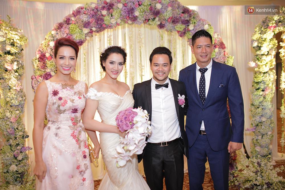 Dàn sao nô nức tham dự lễ cưới của Trang Nhung - Ảnh 4.