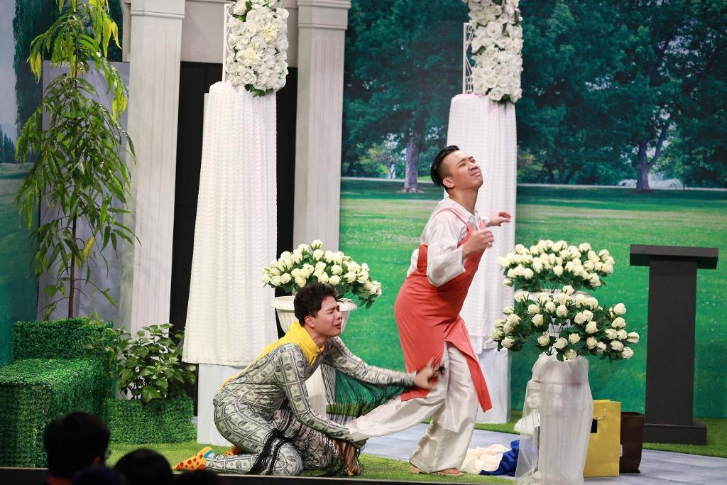 Hoài Linh thẳng thừng chê Trịnh Thăng Bình và Yến Trang tại Ơn giời - Ảnh 5.