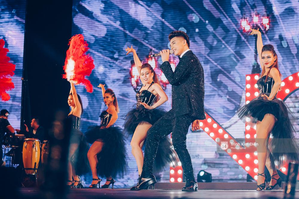 Noo Phước Thịnh khẳng định đẳng cấp với Live Concert 35.000 khán giả - Ảnh 24.