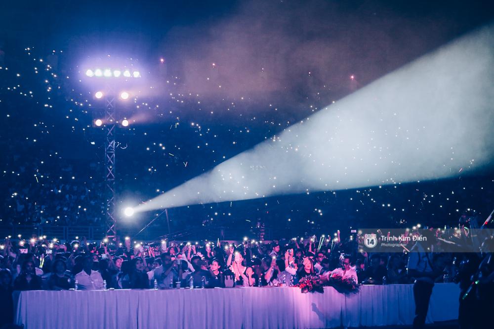 Noo Phước Thịnh khẳng định đẳng cấp với Live Concert 35.000 khán giả - Ảnh 29.