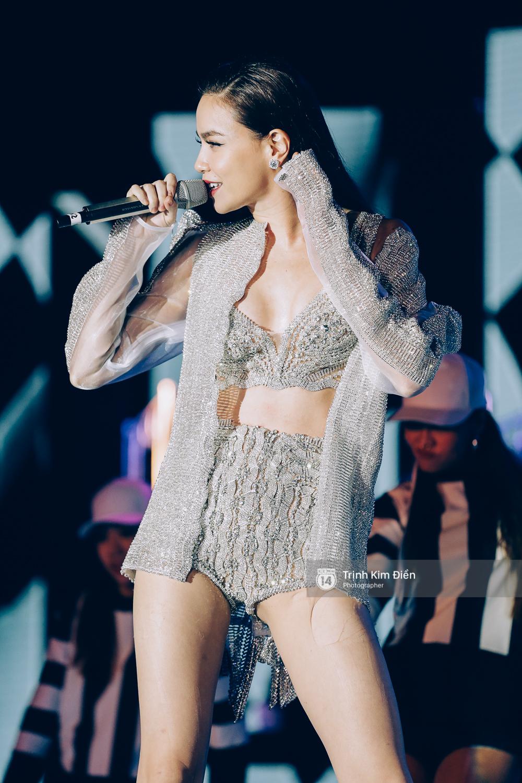 Noo Phước Thịnh khẳng định đẳng cấp với Live Concert 35.000 khán giả - Ảnh 10.