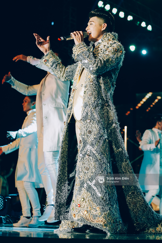 Noo Phước Thịnh khẳng định đẳng cấp với Live Concert 35.000 khán giả - Ảnh 44.