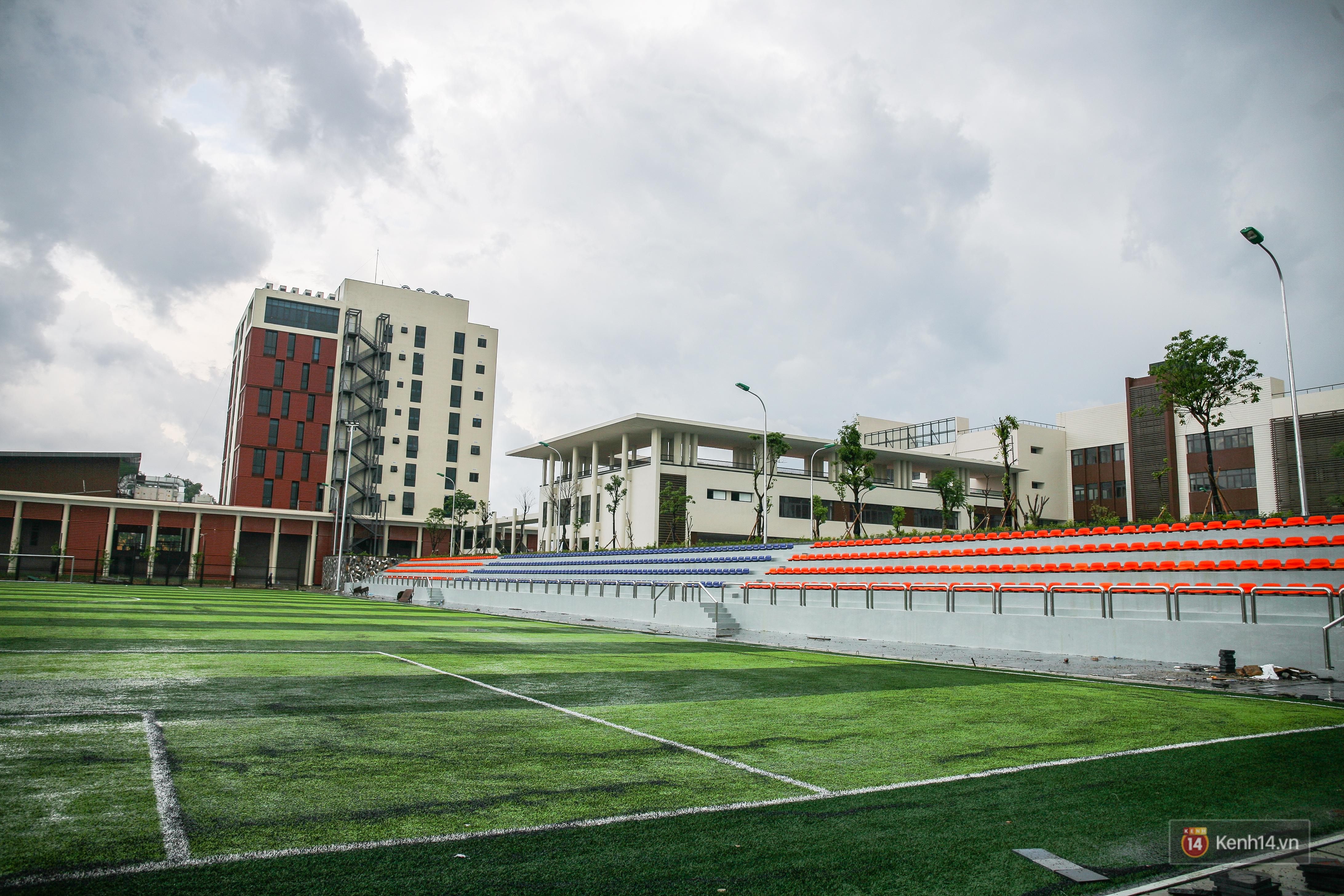 Cận cảnh ngôi trường chuyên 600 tỉ của Bắc Ninh: Đẹp, sang và Tây hết nấc! - Ảnh 12.