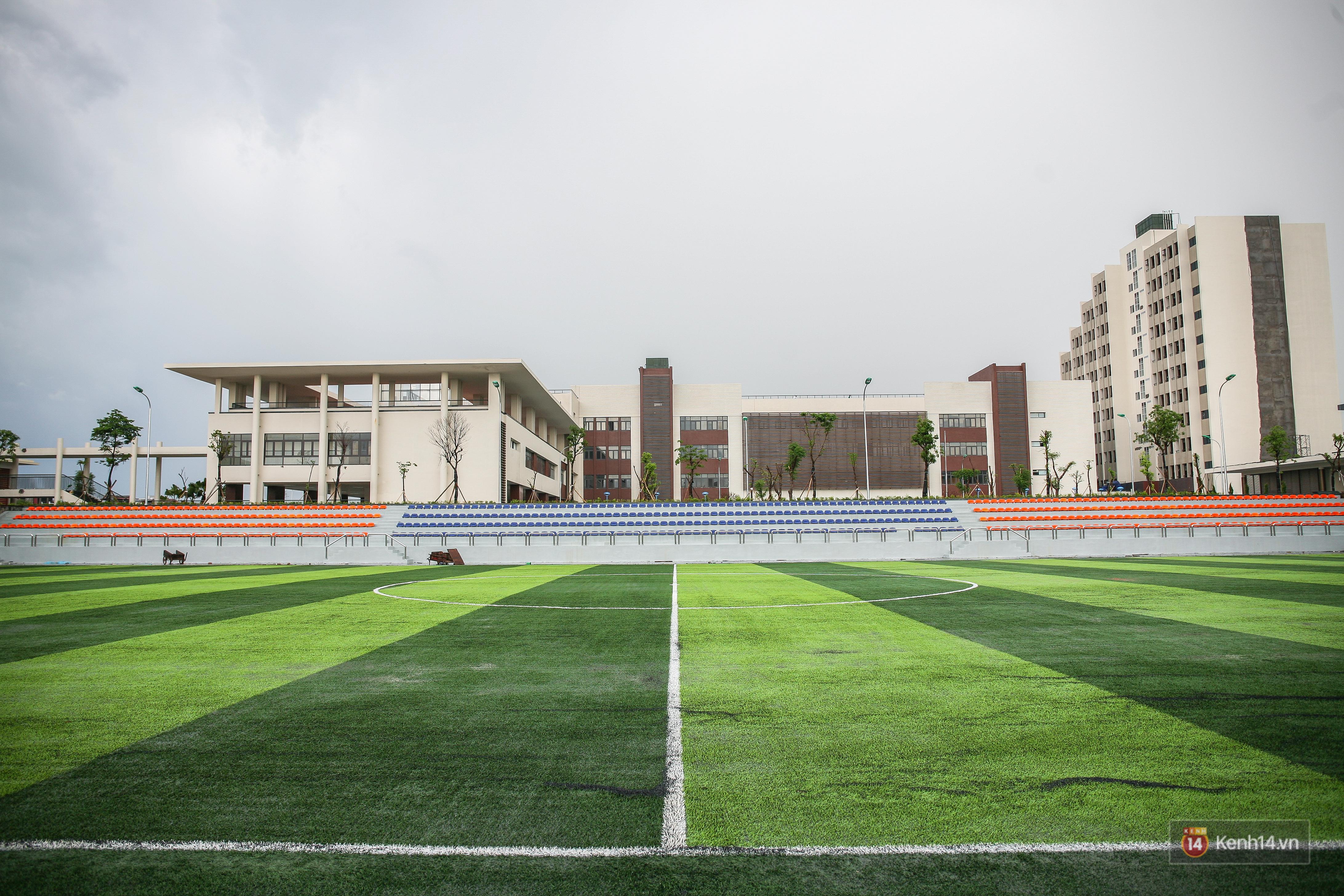 Cận cảnh ngôi trường chuyên 600 tỉ của Bắc Ninh: Đẹp, sang và Tây hết nấc! - Ảnh 13.