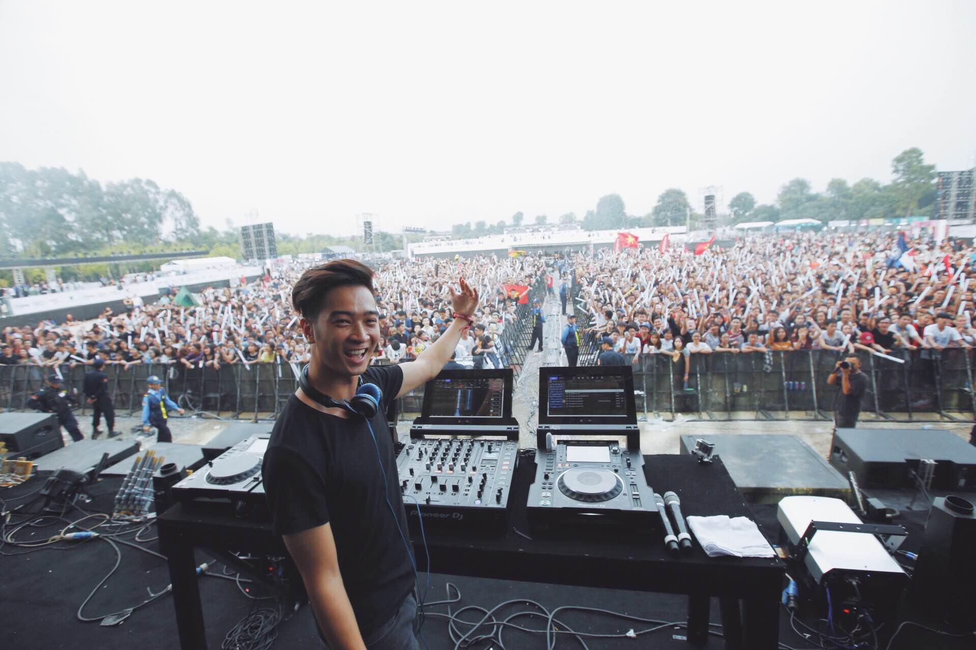 SlimV hứa hẹn bùng nổ với dự án lớn vinh danh âm nhạc dân tộc trong năm 2017 - Ảnh 2.