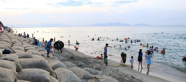 Kết quả hình ảnh cho Biển Cửa Đại