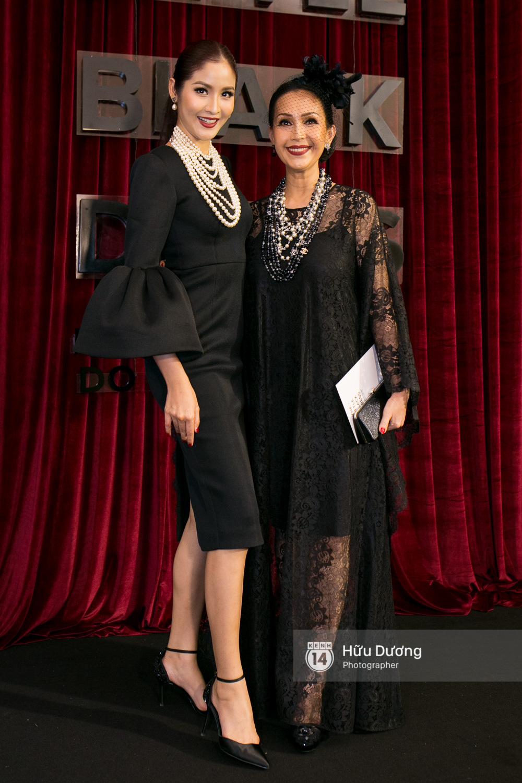 Ma nữ tóc hồng Angela Phương Trinh quá nổi bật, lấn át cả Hoa hậu Kỳ Duyên trên thảm đỏ - Ảnh 13.