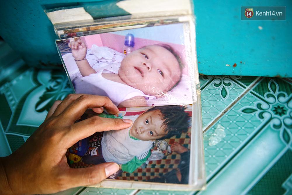 Cảnh sống thiếu trước hụt sau của hai anh em khuyết tật cùng mẹ lên Sài Gòn bán vé số mưu sinh - Ảnh 3.