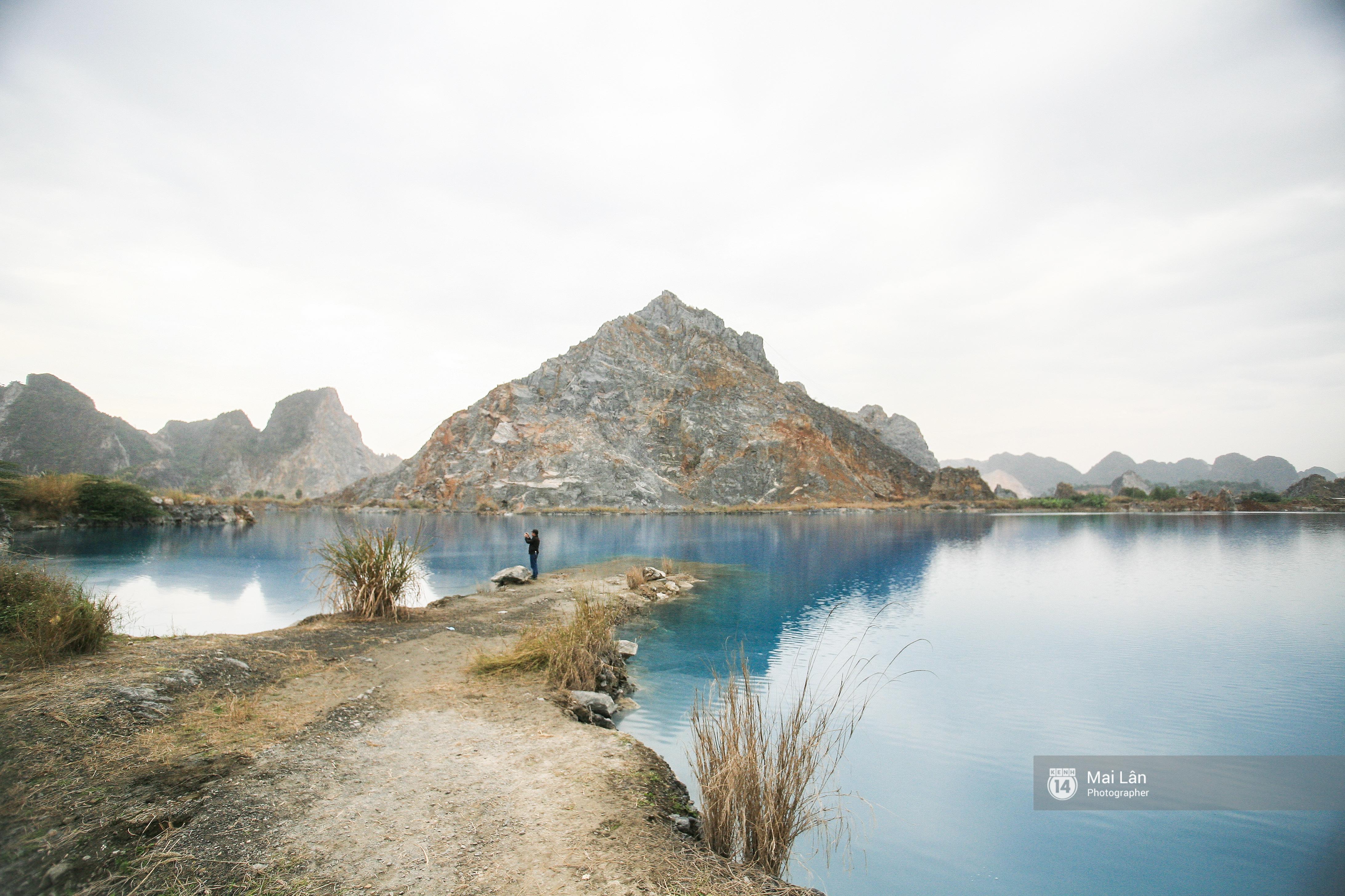 Hồ nước xanh ngắt kì lạ ở Hải Phòng: Địa điểm mới đang khiến giới trẻ xôn xao - Ảnh 3.