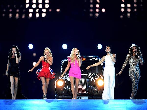 Spice Girls xác nhận tái hợp, Victoria vắng mặt - Ảnh 2.