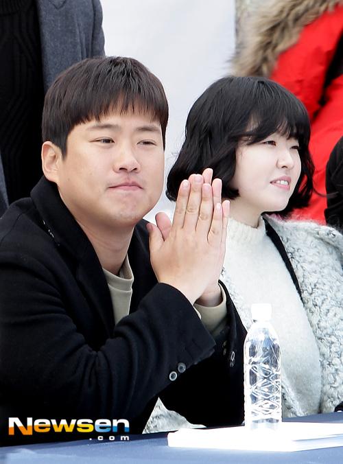 Hyeri thân mật với chồng Park Bo Gum trong sự kiện họp fan Reply 1988 - Ảnh 20.